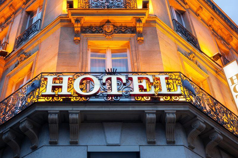 Sometähti jakoi kuvan hotellihuoneestaan ennen uloskirjautumista: toiminta jakoi mielipiteitä
